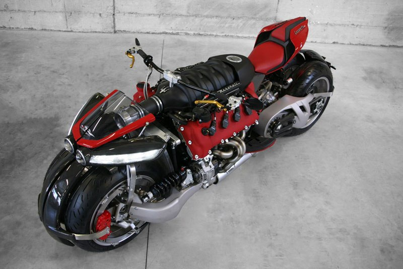 motorcycle-powered-by-maserati-engine-lazareth-lm-847-7ca26